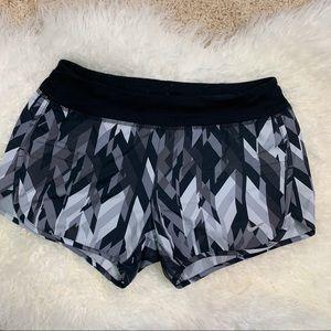 Nike running shorts M
